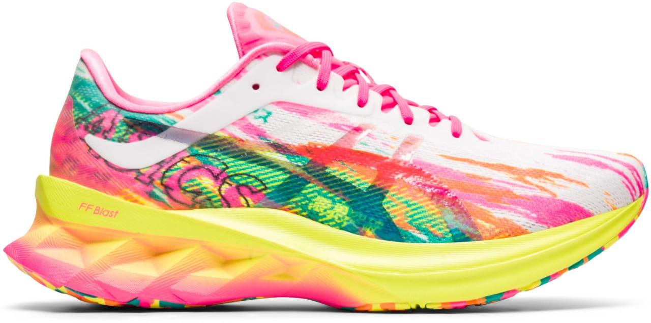 Dámské běžecké boty Asics Novablast