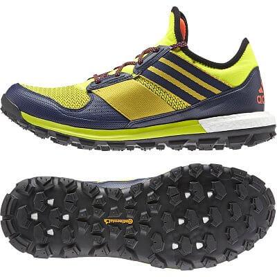 Pánské běžecké boty adidas response tr boost