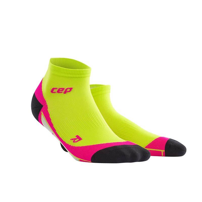 CEP Kotníkové ponožky dámské limetková   růžová - dámské ponožky ... 6cdd4a611d
