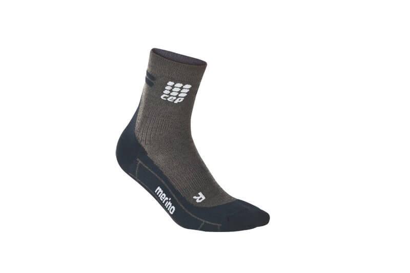 Skarpetki CEP Krátké běžecké  ponožky merino pánské antracitová / černá
