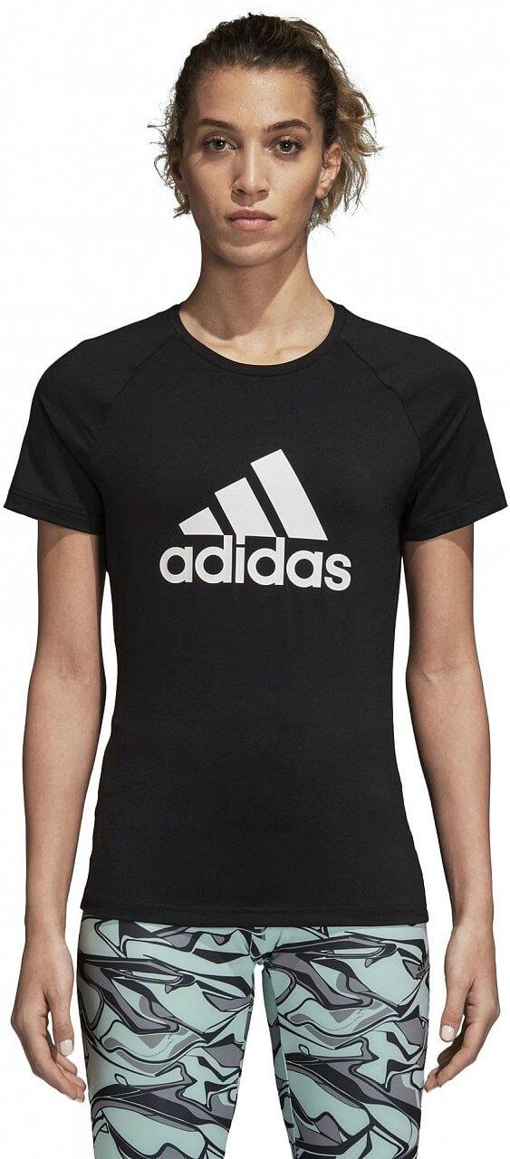 Dámské sportovní tričko adidas Design to Move Logo Tee