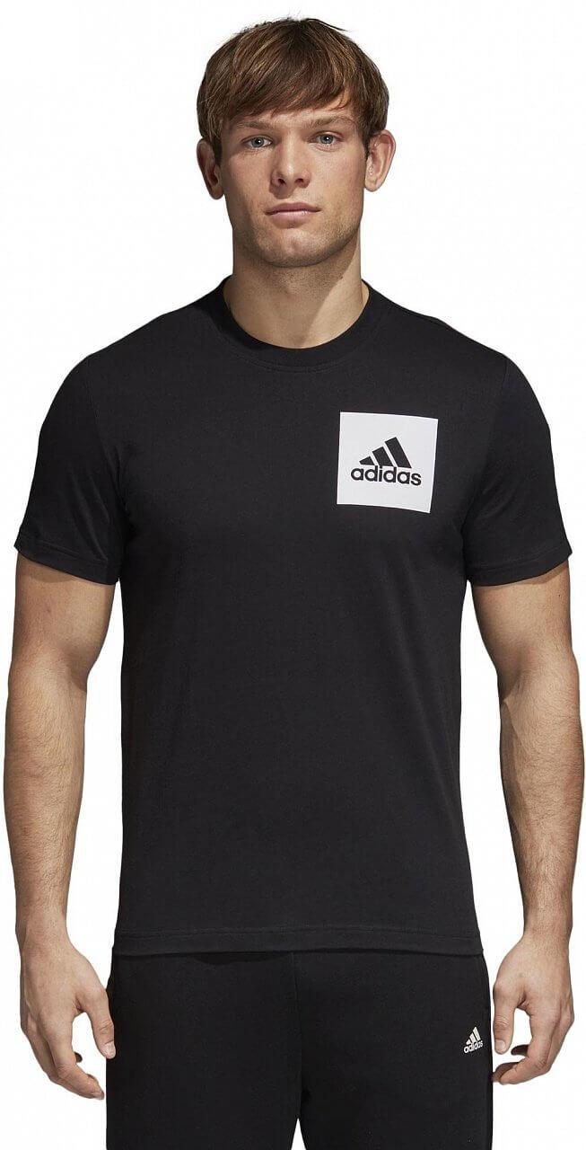 Pólók adidas Essentials Chest Logo Tee