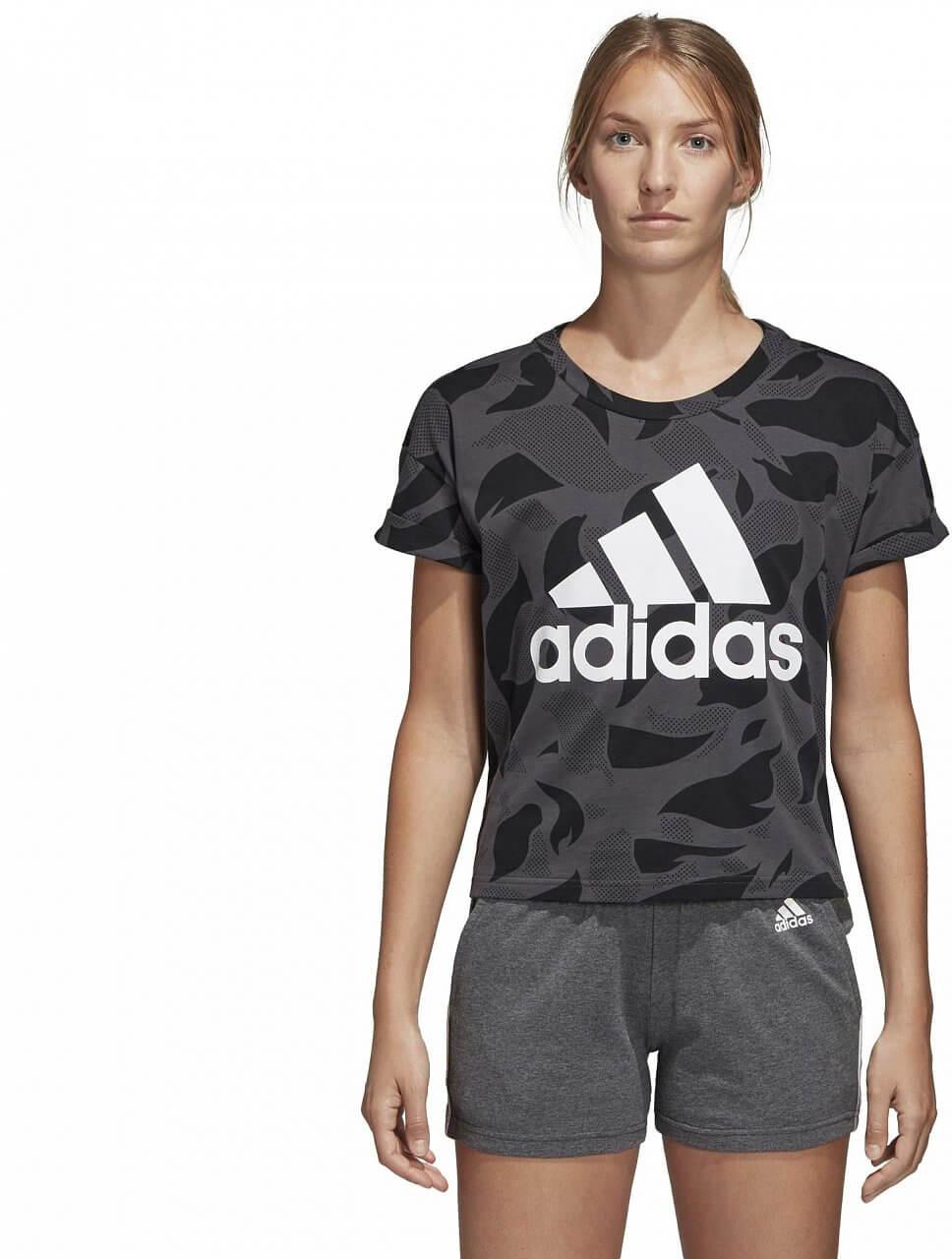 Dámské sportovní tričko adidas Essentials All Over Printed Tee
