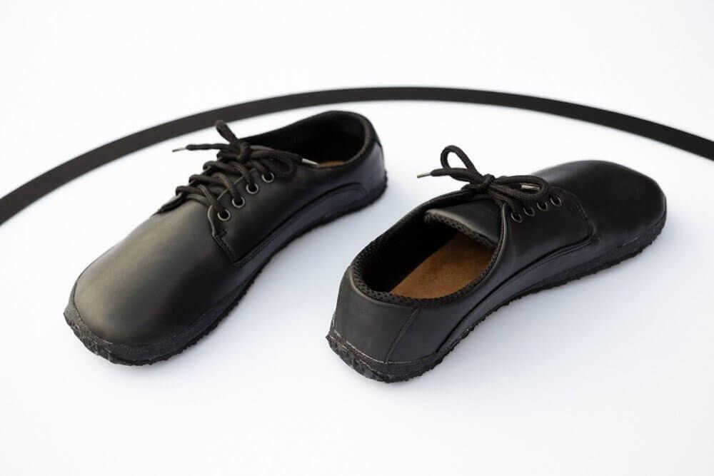 Barefoot obuv navržená fyzioterapeuty Ahinsa Professional Bare Černá