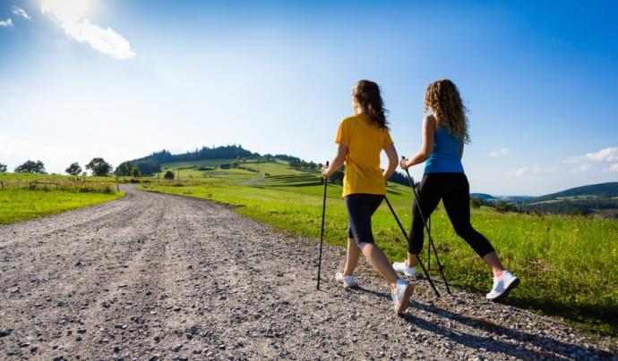 Nordic Walking/Runwalk je prekvapivo (ne)náročný šport