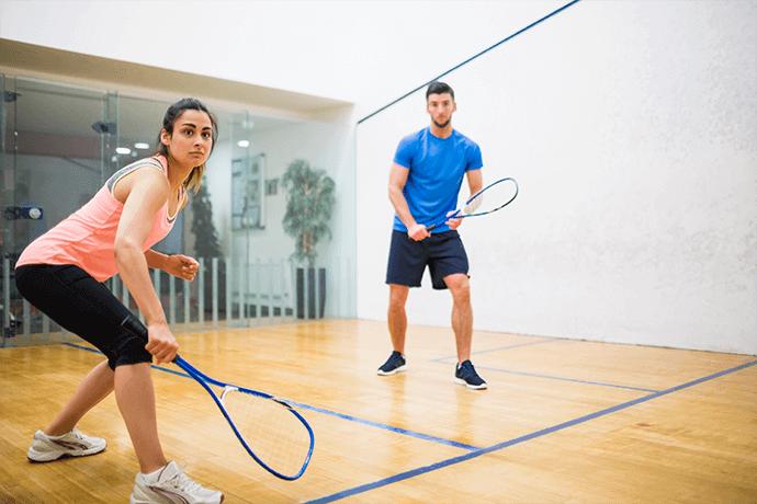Jak se připravit na squash a badminton?